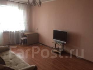 2-комнатная, улица Елизаровых 4. Кировский , агентство, 54 кв.м.
