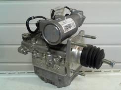 Насос abs. Toyota Prius, ZVW30 Двигатель 2ZRFXE