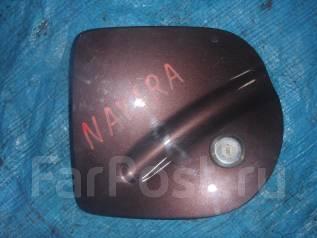 Лючок топливного бака. Nissan Navara, D40