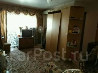 """2-комнатная, улица Садовая 23. р-н м-на """"Изумруд"""", агентство, 42 кв.м."""