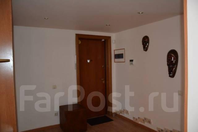 3-комнатная, улица Вострецова 8в. Столетие, агентство, 74 кв.м.