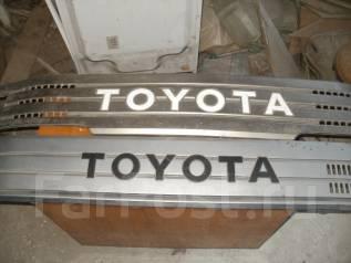 Решетка радиатора. Toyota ToyoAce Toyota Dyna Toyota Dyna / Toyoace