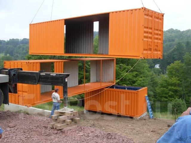 домики из морских контейнеров фото
