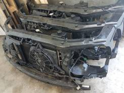 Рамка радиатора. Hyundai Grand Starex