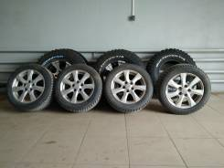 Michelin X-Ice North. Зимние, шипованные, 2012 год, износ: 40%, 4 шт