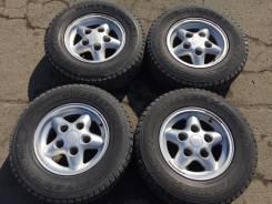 Land Rover. 7.0x16, 5x165.00, ET33