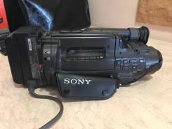 Sony. с объективом
