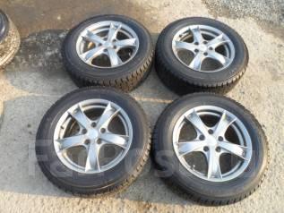 Комплект зимних колес 205/65R16 во Владивостоке. 7.0x16 5x114.30 ET47
