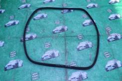 Уплотнитель двери багажника. Toyota Caldina, ZZT241, AZT241, AZT246, ST246
