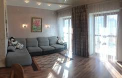 4-комнатная, улица Истомина 64. Центральный, частное лицо, 100 кв.м.
