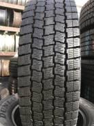 Goodyear Ice Navi. Всесезонные, 2015 год, износ: 10%, 1 шт
