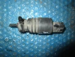 Мотор бачка омывателя. Audi A4, B7
