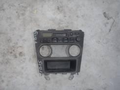 Консоль панели приборов. Nissan Sunny, FB15