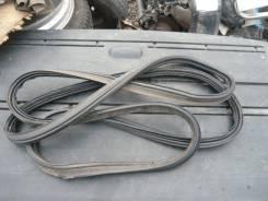 Уплотнитель двери. Honda CR-V, RD5