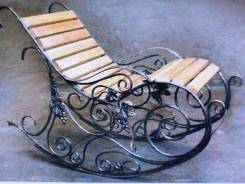 Кресло качалка кованая