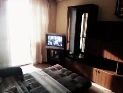 Ищу двух, либо одного сожителя. 2-комнатная, улица Давыдова, р-н Вторая речка, аренда среднесрочная (3 месяца - год), мне 22 лет, пол мужской