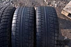 Bridgestone Blizzak Revo GZ. Зимние, без шипов, 2011 год, износ: 70%, 2 шт