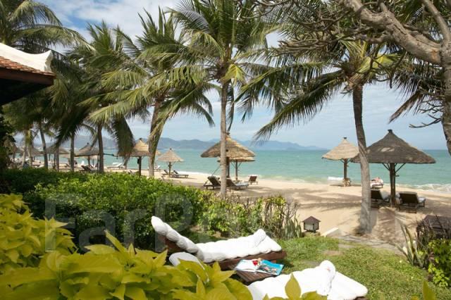 Вьетнам. Нячанг. Пляжный отдых. Изумрудное море и золотые пляжи! Нячанг, Вьетнам