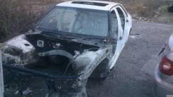 Передняя часть автомобиля. Toyota Celsior, UCF20, UCF21