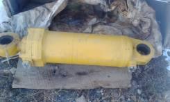 Гидроцилиндр рыхлителя. Caterpillar D, 9R Двигатель 3408
