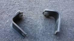 Крепление радиатора кондиционера. Honda Insight, DAA-ZE2, ZE2, DAAZE2 Двигатель LDA