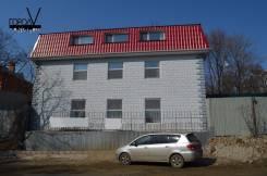 Сдаётся 3-х этажный дом с помещениями на Заре. Улица Капонирная 14, р-н Заря, 250 кв.м., цена указана за все помещение в месяц. Дом снаружи