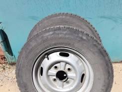 Bridgestone Blizzak Revo 969. Зимние, 2006 год, износ: 80%, 2 шт
