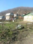 Участок с недостроенным домом. От частного лица (собственник). Фото участка