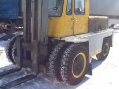 Львовский погрузчик. Автопогрузчик АП 40814, 2 200 куб. см., 3 000 кг.