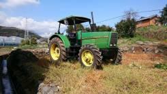 John Deere. Трактор, 2 700 куб. см.
