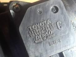 Измеритель потока воздуха (расходомер) Toyota RAV 4 2000-2005