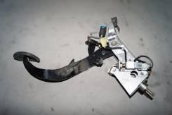 Педаль сцепления. Subaru Legacy, BL, BP