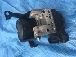 Блок abs. Toyota Crown, GRS182, GRS180