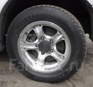 Комплект зимних колес 235/60R16. 7.0x16 5x139.70 ET5