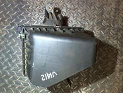 Корпус воздушного фильтра Mazda Xedos 9