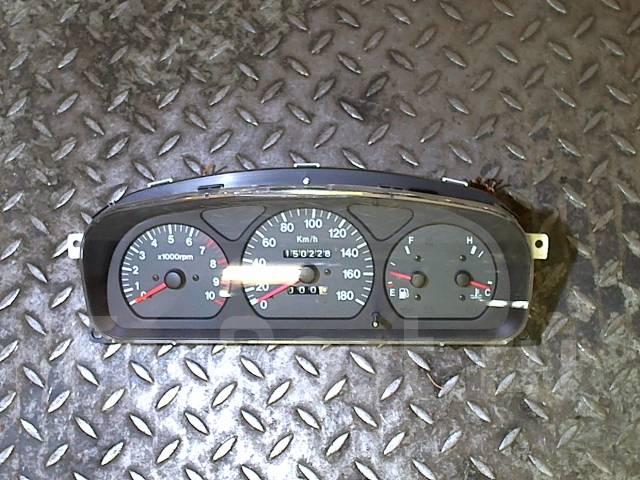 Щиток приборов (приборная панель) Suzuki Wagon R