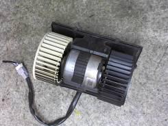 Двигатель отопителя (моторчик печки) Nissan Quest