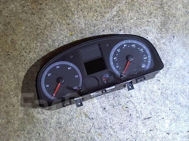 Щиток приборов (приборная панель) Volkswagen Caddy 2004-2010