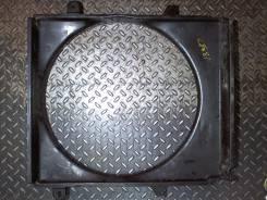 Кожух вентилятора радиатора (диффузор) Ford Explorer 2001-2005