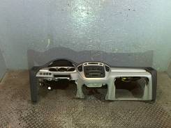 Панель передняя салона (торпеда) Toyota Highlander I 2001-2007