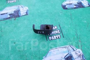 Дворник двери багажника. Toyota Cresta, GX100, JZX100 Toyota Mark II, JZX100, GX100 Toyota Chaser, GX100, JZX100