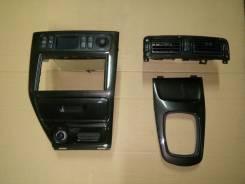 Консоль центральная. Mitsubishi Legnum
