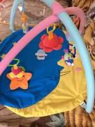 Продам развивающий коврик с подвесными игрушками