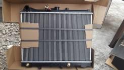 Радиатор охлаждения двигателя. Mazda Bongo, SK22M Двигатель R2