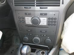 Гнездо прикуривателя Opel Astra H 3d