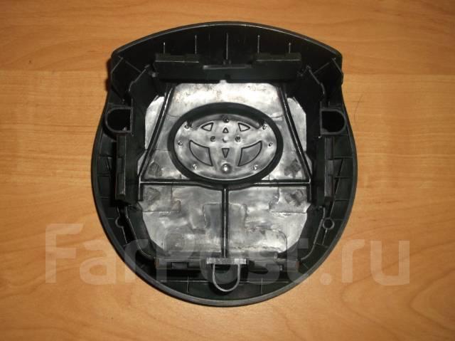 Крышка подушки безопасности. Toyota Yaris, NSP130, KSP130, NCP131 Двигатели: 1NZFE, 1NRFE, 1KRFE