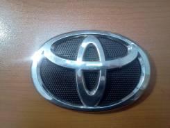 Эмблема решетки. Toyota Vitz Toyota Platz