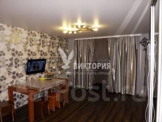 3-комнатная, проспект 100-летия Владивостока 28. Столетие, проверенное агентство, 54 кв.м.