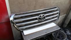 Решетка радиатора. Toyota Land Cruiser, GRJ200, J200, URJ200, UZJ200, UZJ200W, VDJ200 Двигатели: 1GRFE, 1VDFTV, 2UZFE, 3URFE