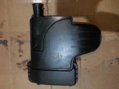 Крышка корпуса воздушного фильтра.